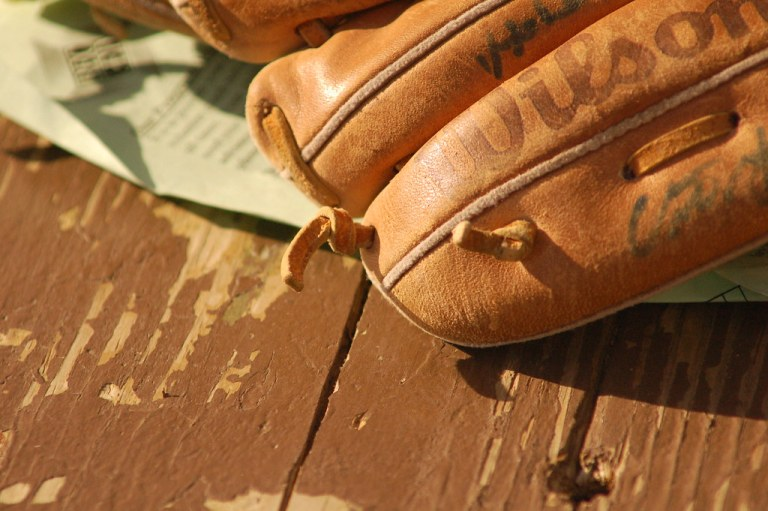 How to Size a Baseball Glove
